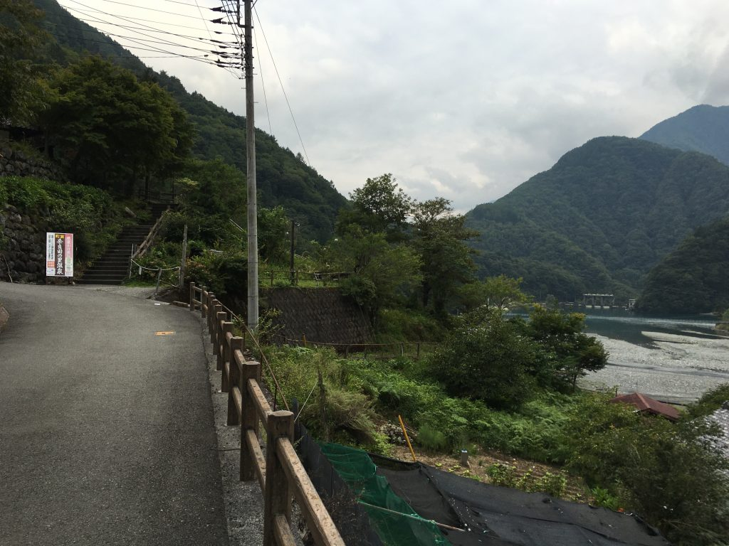 奈良田の里温泉への道順2